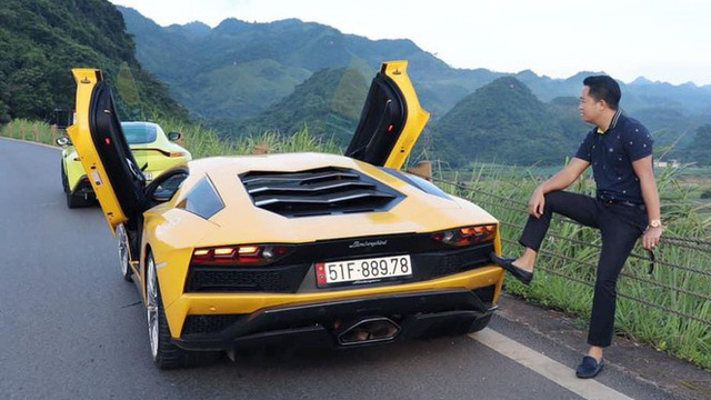 Độ chất của garage triệu USD nhà đại gia Hoàng Kim Khánh: Hầu hết hàng chính hãng, độc và hiếm, biển số đẹp và đều có ý đồ - Ảnh 4.