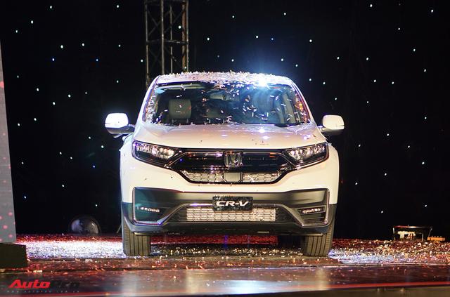 Xuất xưởng Honda CR-V lắp ráp: Giảm phí trước bạ 50%, bổ sung nhiều công nghệ an toàn lấn át đối thủ - Ảnh 2.