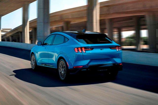 Ford hé lộ phiên bản khủng khiếp cho SUV Mustang - Ảnh 4.