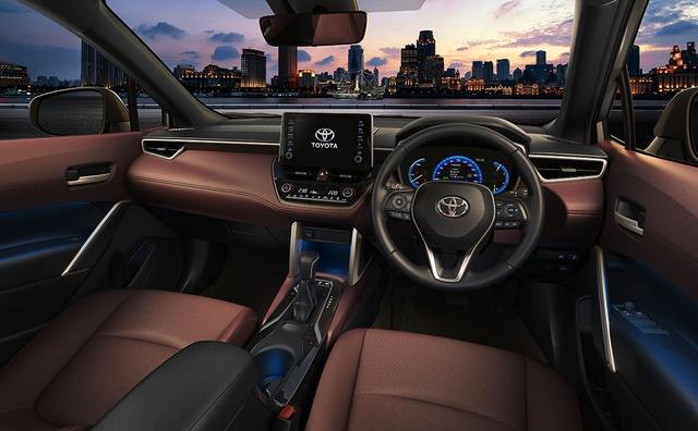 Rò rỉ lịch ra mắt Toyota Corolla Cross và giá dự kiến từ 770 triệu đồng tại Việt Nam - Ảnh 5.