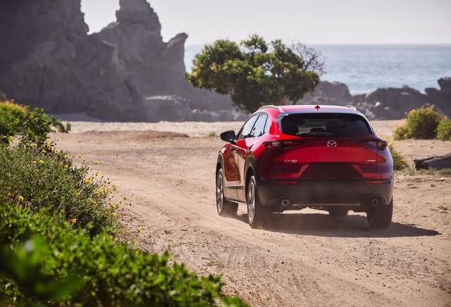 Mazda CX-30 nâng cấp, tăng sức cạnh tranh Kia Seltos đang làm mưa, làm gió - Ảnh 2.