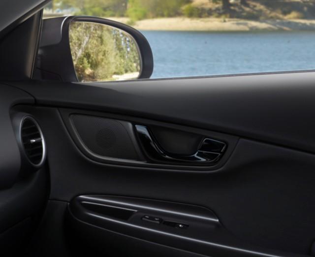 Hyundai Kona tung bản đặc biệt, đe doạ Kia Seltos - Ảnh 4.