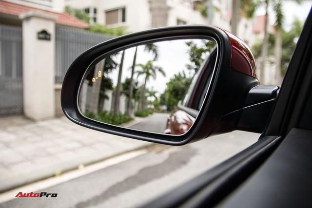 Chênh 31 triệu, mua Kia Seltos hay Hyundai Kona: Tân binh thách đấu vua doanh số - Ảnh 9.