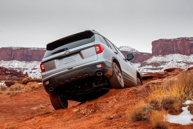 Honda đăng ký bản quyền tên gọi lạ nhắm tới Ford Bronco? - Ảnh 2.