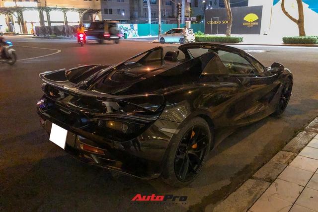 Cận cảnh McLaren 720S Spider màu đen bóng độc nhất Việt Nam - Ảnh 6.