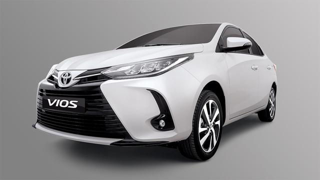 Toyota Vios 2021 chính thức ra mắt: Đầu đẹp như Camry, thêm khó cho Hyundai Accent - Ảnh 2.