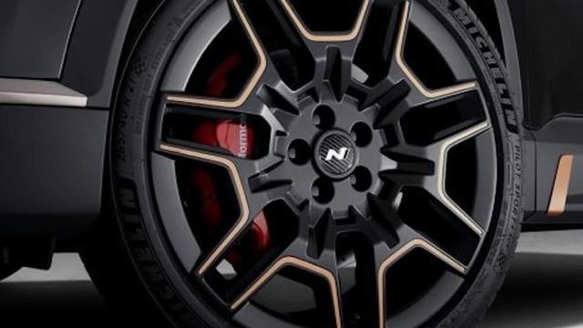 Hyundai Santa Fe đời mới tăng hấp dẫn với gói trang bị thể thao N Performance - Ảnh 4.