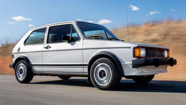 Những chiếc xe vĩ đại nhất mọi thời đại: Thập niên 80 lồng ghép mọi thứ chẳng liên quan vào trong một cỗ máy tinh tế - Ảnh 1.