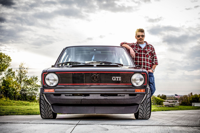 Những chiếc xe vĩ đại nhất mọi thời đại: Thập niên 80 lồng ghép mọi thứ chẳng liên quan vào trong một cỗ máy tinh tế - Ảnh 2.