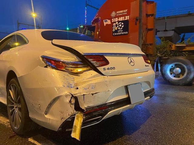 Mercedes-Benz S 400 Coupe cực hiếm tại Việt Nam gặp nạn, chi phí sửa chữa khiến nhiều người toát mồ hôi - Ảnh 2.