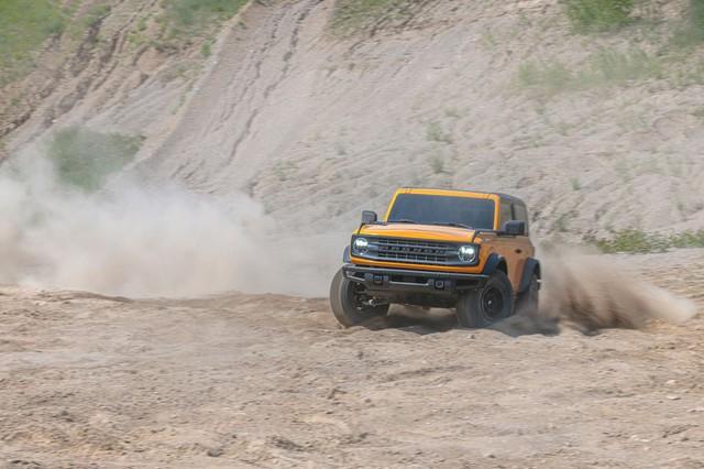 Ford Bronco cháy hàng, đại gia Việt muốn đặt mua thì phải chờ ít nhất 2 năm - Ảnh 1.