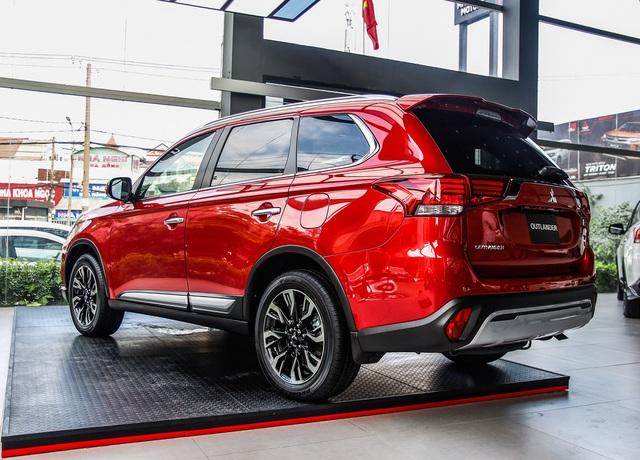 Ra mắt Mitsubishi Outlander 2020 full option tại Việt Nam: Giá gần 1,06 tỷ đồng, phả hơi nóng lên Honda CR-V - Ảnh 5.