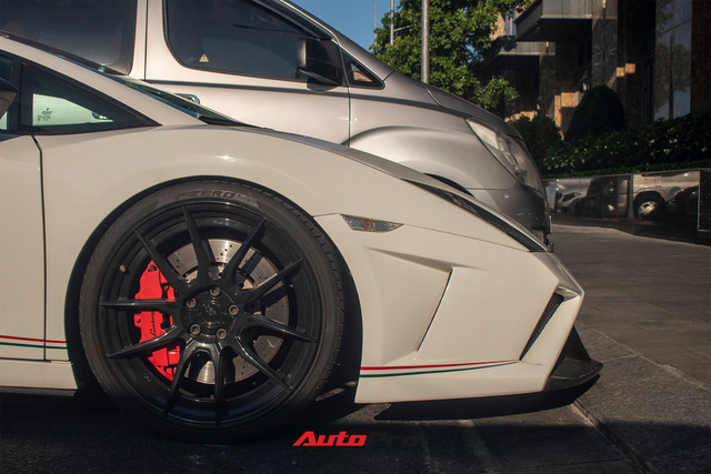 Cận cảnh Lamborghini Gallardo LP560-4 độ bodykit phiên bản giới hạn Squadra Corse vừa về Việt Nam - Ảnh 6.