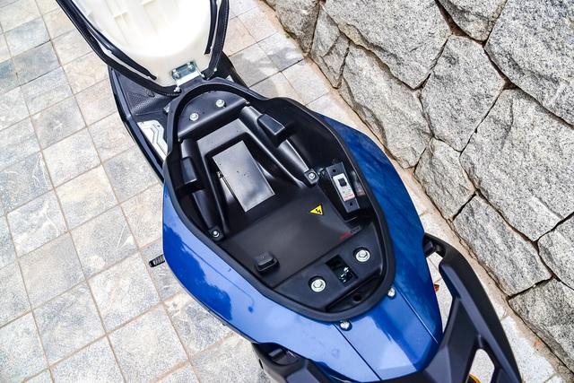 Đánh giá Yadea Xmen Neo - Xe máy điện cho học sinh thành thị - Ảnh 6.