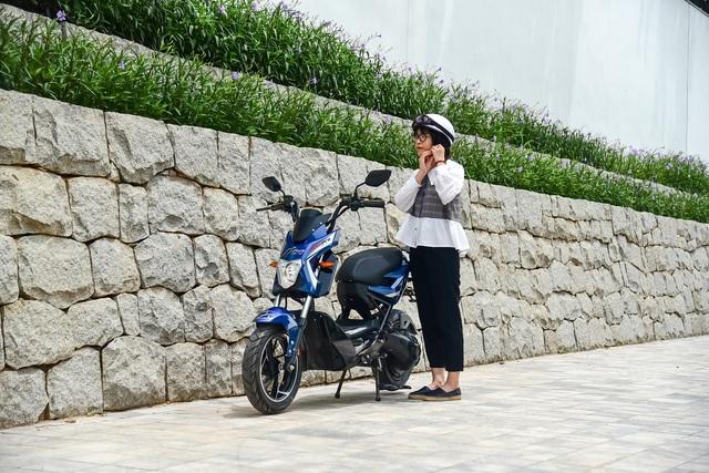 Đánh giá Yadea Xmen Neo - Xe máy điện cho học sinh thành thị - Ảnh 2.