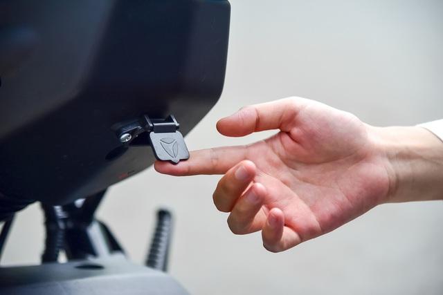 Đánh giá Yadea Xmen Neo - Xe máy điện cho học sinh thành thị - Ảnh 10.