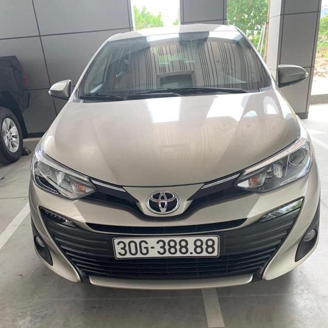 Bốc đc biển tứ quý 8, chủ Toyota Vios tại Hà Nội bán lại giá hơn 1 tỷ, khẳng định khách chốt 1 tỷ lấy luôn còn không bán - Ảnh 1.