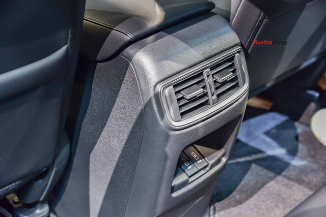 Honda CR-V 2020 lắp ráp giá từ 998 triệu đồng: Tiêu chuẩn hoá công nghệ an toàn khủng đấu Mazda CX-5 - Ảnh 8.