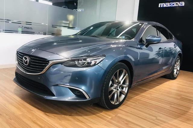 Mazda6 'full option' bán xả kho giá gần 750 triệu, rẻ hơn cả trăm triệu đồng so với Mazda3 mới - Ảnh 2.
