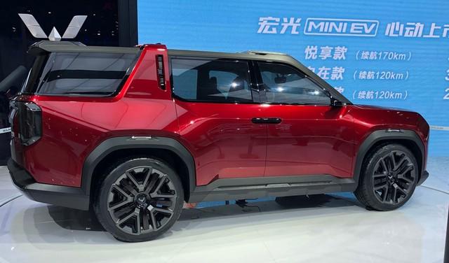 Cận cảnh 'Ford Bronco' của người Trung Quốc: Hiện đại, hầm hố hơn hàng thật - Ảnh 4.