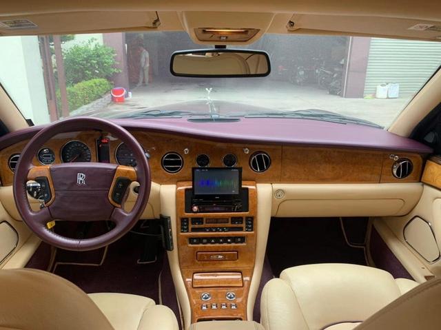 Hàng hiếm Rolls-Royce Silver Seraph giá chỉ hơn 6 tỷ đồng dành cho dân chơi mê sưu tầm - Ảnh 3.