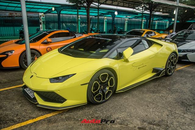 Dàn siêu xe, xe siêu sang trăm tỷ đủ sắc màu của giới nhà giàu du ngoạn tới Vũng Tàu dịp cuối tuần - Ảnh 7.