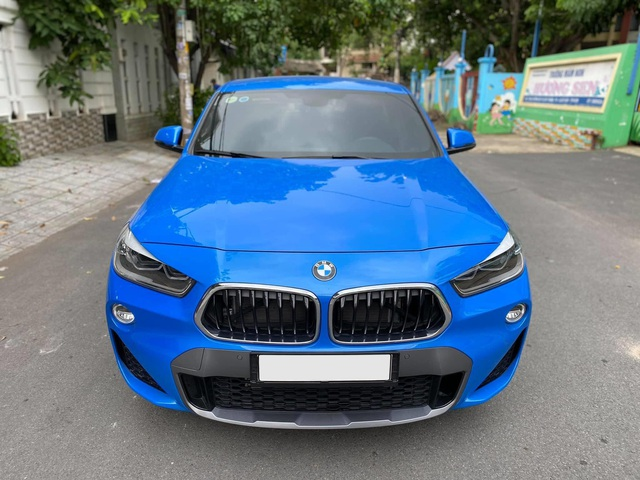 Chạy 10.000 km, BMW X2 được rao bán với giá ngang ngửa VinFast Lux SA2.0 đập hộp - Ảnh 1.