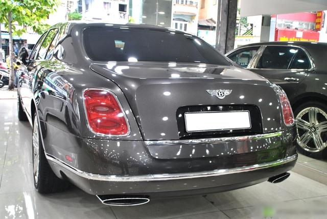 Bentley Mulsanne rẻ ngang Mercedes-Benz S-Class sau 10 năm tuổi, ODO là yếu tố bất ngờ hơn cả - Ảnh 3.