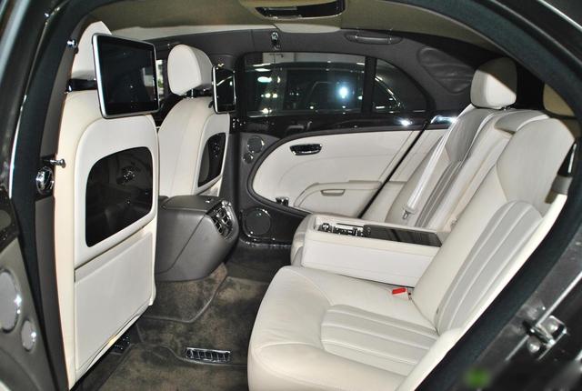 Bentley Mulsanne rẻ ngang Mercedes-Benz S-Class sau 10 năm tuổi, ODO là yếu tố bất ngờ hơn cả - Ảnh 5.