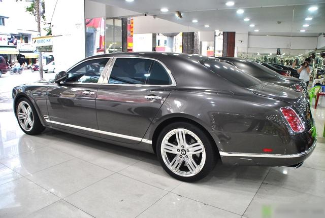 Bentley Mulsanne rẻ ngang Mercedes-Benz S-Class sau 10 năm tuổi, ODO là yếu tố bất ngờ hơn cả - Ảnh 2.
