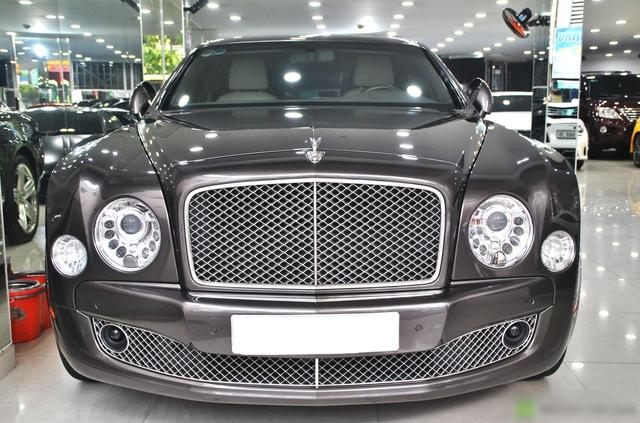 Bentley Mulsanne rẻ ngang Mercedes-Benz S-Class sau 10 năm tuổi, ODO là yếu tố bất ngờ hơn cả - Ảnh 1.