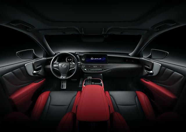 Lexus tung cải tiến nhẹ cho LS, gia tăng tính cạnh tranh trước Audi A8, BMW 7-Series - Ảnh 3.