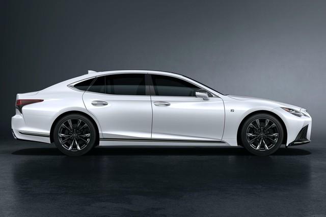 Lexus tung cải tiến nhẹ cho LS, gia tăng tính cạnh tranh trước Audi A8, BMW 7-Series - Ảnh 1.