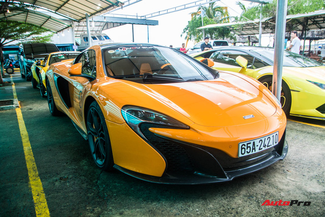 Siêu xe McLaren 650S Spider của đại gia Cần Thơ nâng cấp hệ thống ống xả mạ vàng giá hơn 100 triệu đồng - Ảnh 3.