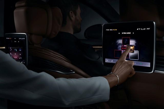 Mercedes-Benz S-Class mới sắp làm nhiều đại gia Việt mở hầu bao với dàn 5 màn hình khủng trong nội thất - Ảnh 3.