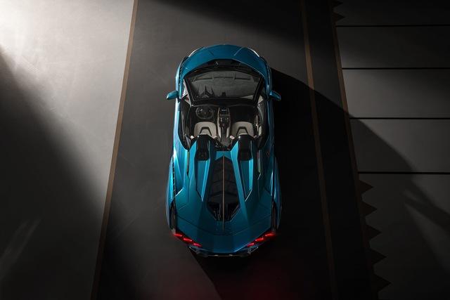 Nếu còn xe, đại gia Hoàng Kim Khánh có thể ký tên lên Lamborghini Sián Roadster mà không cần tự làm như với Aventador S - Ảnh 6.