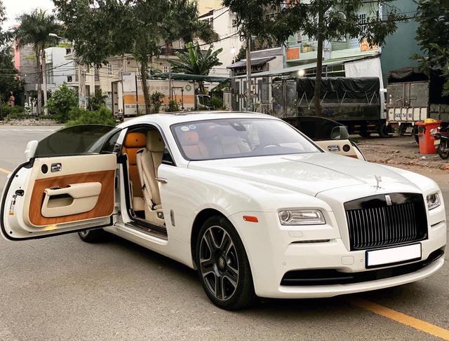 Hàng hiếm Rolls-Royce Wraith được rao bán cùng lời chia sẻ: 'Mua mới hơn 30 tỷ, bán cũ hơn 13 tỷ'