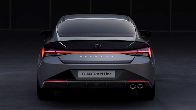 Hyundai bỏ bớt phiên bản Elantra ế khách, tập trung cho SUV hot như Kona và Santa Fe - Ảnh 2.