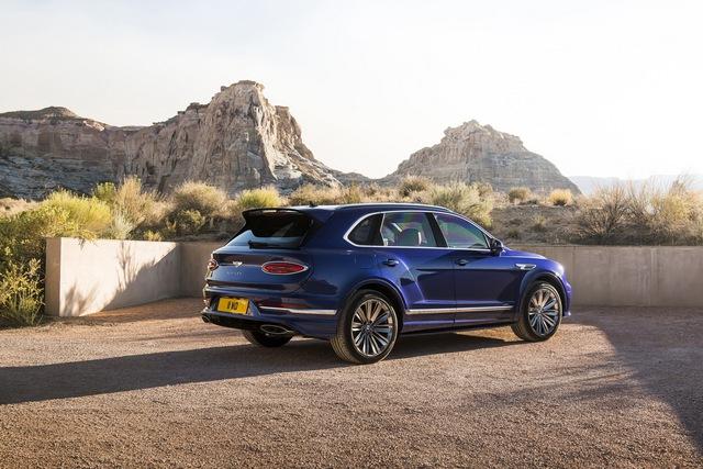 Siêu SUV nhanh nhất thế giới Bentley Bentayga Speed nâng cấp với những đỉnh cao mới cho giới nhà giàu - Ảnh 2.