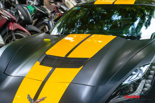Chevrolet Corvette C7 của dân chơi Hà thành độ cửa cắt kéo giá gần 100 triệu đồng như siêu xe Lamborghini - Ảnh 4.