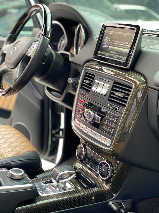 Hàng hiếm Mercedes-Benz G 63 AMG màu dị hạ giá rẻ hơn Lexus LX 570 cả tỷ đồng dù chỉ chạy 4.800km mỗi năm - Ảnh 3.