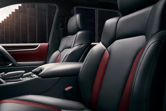 Chuyên cơ mặt đất Lexus LX 570 bất ngờ nâng cấp, thêm bản hàng hiếm cho đại gia thích nổi bật - Ảnh 5.