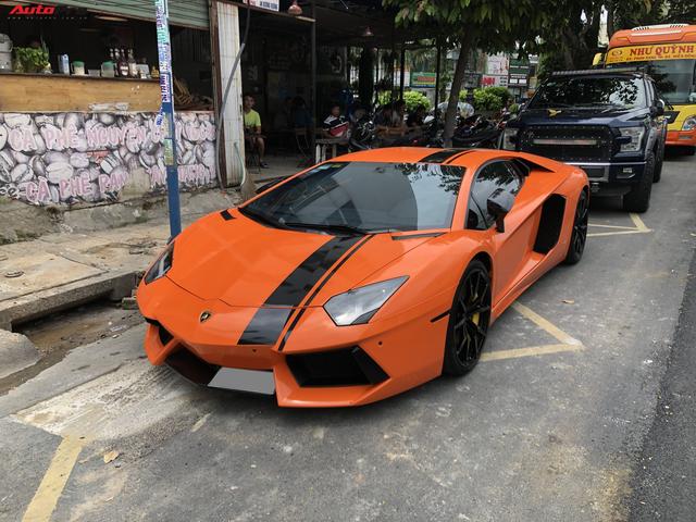 Cận cảnh Lamborghini Aventador LP700-4 độ hệ thống ống xả ngàn đô tại Sài Gòn - Ảnh 1.