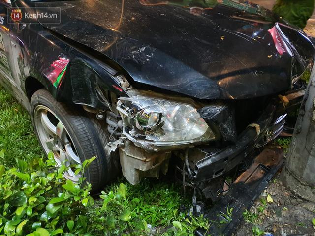 Nhân chứng kể lại giây phút kinh hoàng xe Camry tông hàng loạt xe máy ở Sài Gòn: Người bị thương nằm la liệt, chảy máu nhiều lắm - Ảnh 3.
