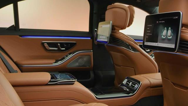Trọn vẹn nội thất Mercedes-Benz S-Class đời mới qua bộ ảnh mãn nhãn: Ai cũng phải xuýt xoa - Ảnh 24.