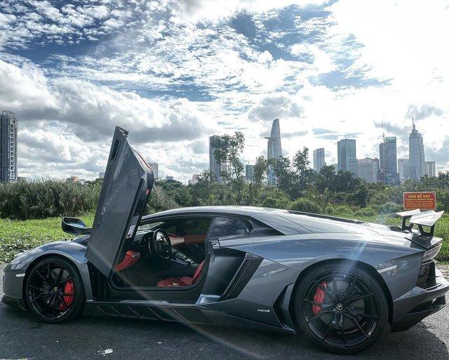 Chia tay doanh nhân Đà Nẵng, Lamborghini Aventador trở về màu nguyên bản để tìm kiếm chủ nhân tiếp theo - Ảnh 1.
