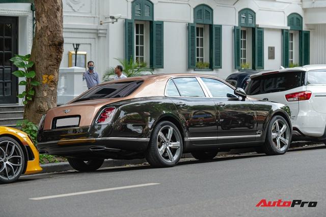 Thánh địa siêu xe Hà Thành tấp nập trở lại với loạt siêu xe, xe sang có giá trị cả trăm tỷ đồng - Ảnh 7.