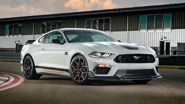 Ford Mustang hoàn toàn mới sẽ ra mắt vào năm 2022