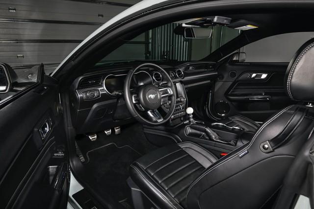 Ford Mustang hoàn toàn mới sẽ ra mắt vào năm 2022 - Ảnh 3.