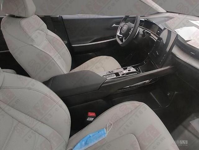 Hyundai Custo lộ diện gần như hoàn chỉnh - Nỗi lo mới của Kia Sedona - Ảnh 3.